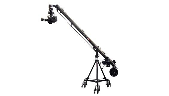 Shotoku and Cammate Graphica 370 Crane for Virtual Sets